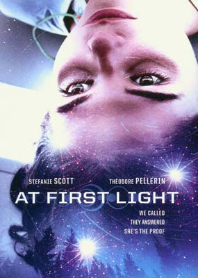 At First Light  (DVD) - Klik her for at se billedet i stor størrelse.